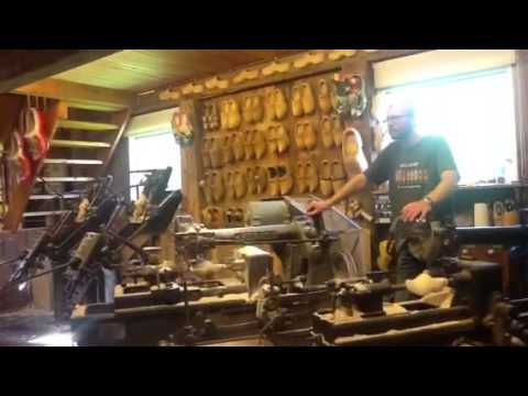 Holland Tour/ How To Make a Wooden Shoe