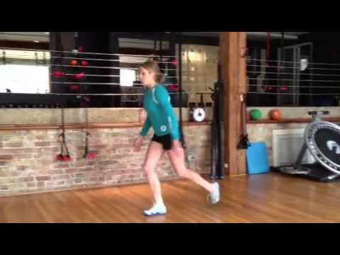 DYNAMIC FLEXIBILITY/Walking Quadriceps Stretch, Dynamic warm up