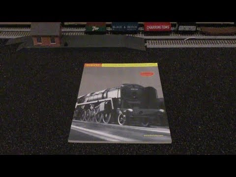 Hornby R8104 Hornby Railways Model Train 2000 Millenium Edition Catalogue Overview HD