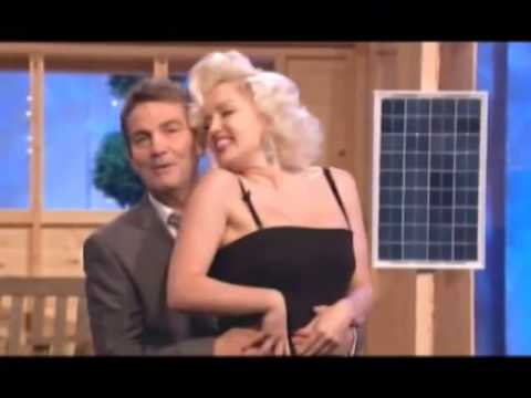 "Suzie Kennedy Marilyn Monroe  sings ""I wanna be loved by you"" Live on TV"