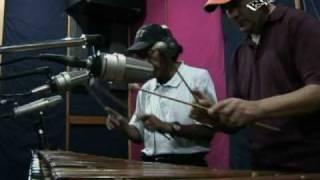 Internacionales Conejos - Dale Pecho Musica de Guatemala