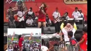 Irma Dharmawangsa - Bocor
