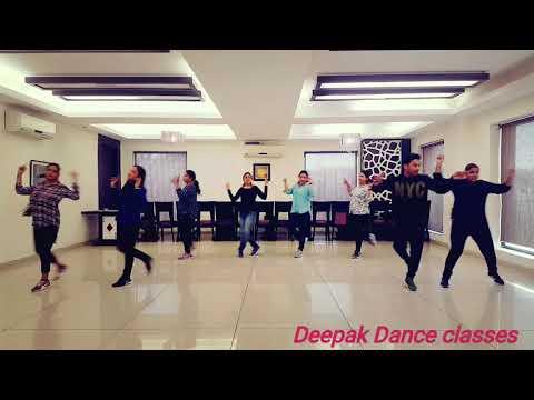 Kisi Disco Mein Jaaye - Bade Miyan Chote Miyan/Choreography by Deepak Dance calsses