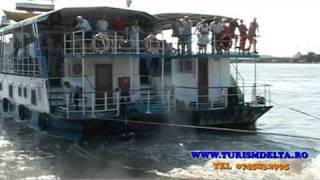 Vacante, sejurii in Delta Dunarii cu hotel plutitor | Danube Delta Romania