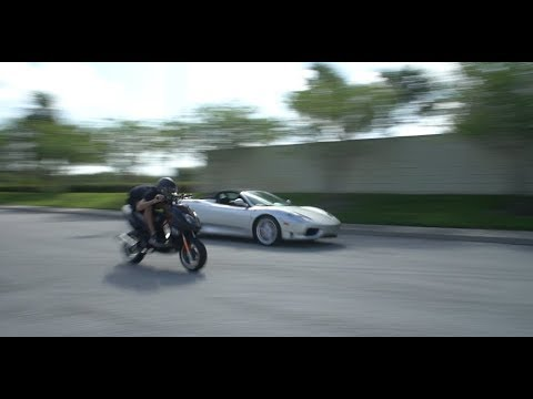 MODDED MOPED VS FERRARI (DRAG RACE)