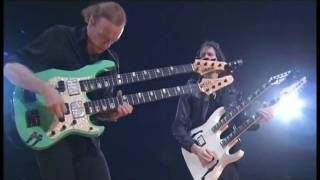 Paul Gilbert & Billy Sheenan HD - live at Budokan 2009