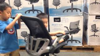 Spinnig Baby on Chair in Costco