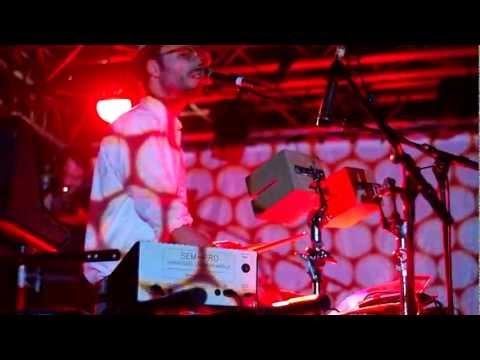 JOAKIM Playing FOREVER YOUNG @ La Boule Noire | 23/11/11