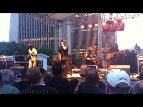 """LIVING COLOUR - """"Ignorance is Bliss"""" @ Empire State Plaza"""