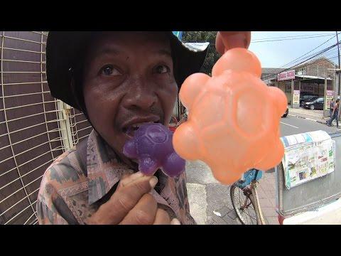 Jakarta Street Food 1301 Part.1 Bicycle Turtle Ice Cake Es Kue Kura-kura jualannya pake Sepeda  5998