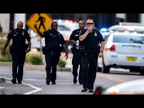 3 dead, including suspect, in mass shooting in Jacksonville, Florida