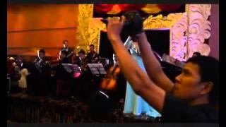 Regina ft. D'angelos Band & Chamber - Aku Jatuh Cinta