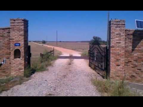 Ranch Gates And Solar Gate Openers By Jr Fresno Fence Co