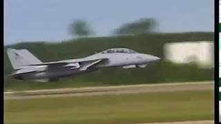 Spectacular F 14 Low Pass Take off