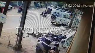 EVERYONE WATCH CCTV FOOTAGE DONT GIVE BIKE FOR MINOR BOY . ACCIDENT IN NM GUDA KISHAN ( 2