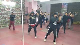 CHHOGADA | LOVEYATRI | BASIC DANCE CHOREOGRAPHY | PUNEET THAKUR | BOLLYWOOD DANCE