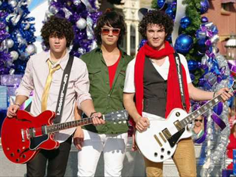 Jonas Brothers - Joy To The World - FULL HQ