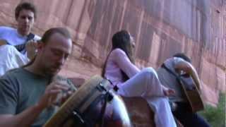 Alanis Morissette - No Pressure Over Cappuccino HD - (3 de 9 - Live In The Navajo Nation)