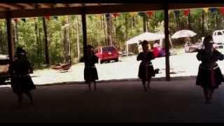 Ib Ntsais Muag-Laos New Year 2013