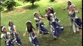 Aji Dhaner Khete [Full Song] Aloker Eai Jharnadharai- Rabithakurer Nacher Gaan Vol.1