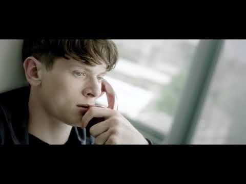 Jack O'Connell ~ Dylan La la la la