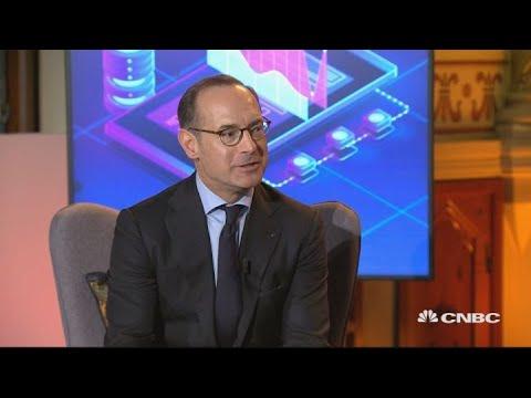 Largescale autonomous driving still decades away, Allianz CEO says | World Economic Forum