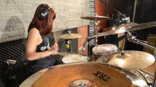 Muki - Katy Perry - Dark Horse ft. Juicy J Drum Remix Video