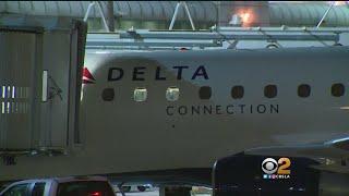 Video FBI Investigating Sex Act On LAX To Detroit Flight download MP3, 3GP, MP4, WEBM, AVI, FLV Januari 2018