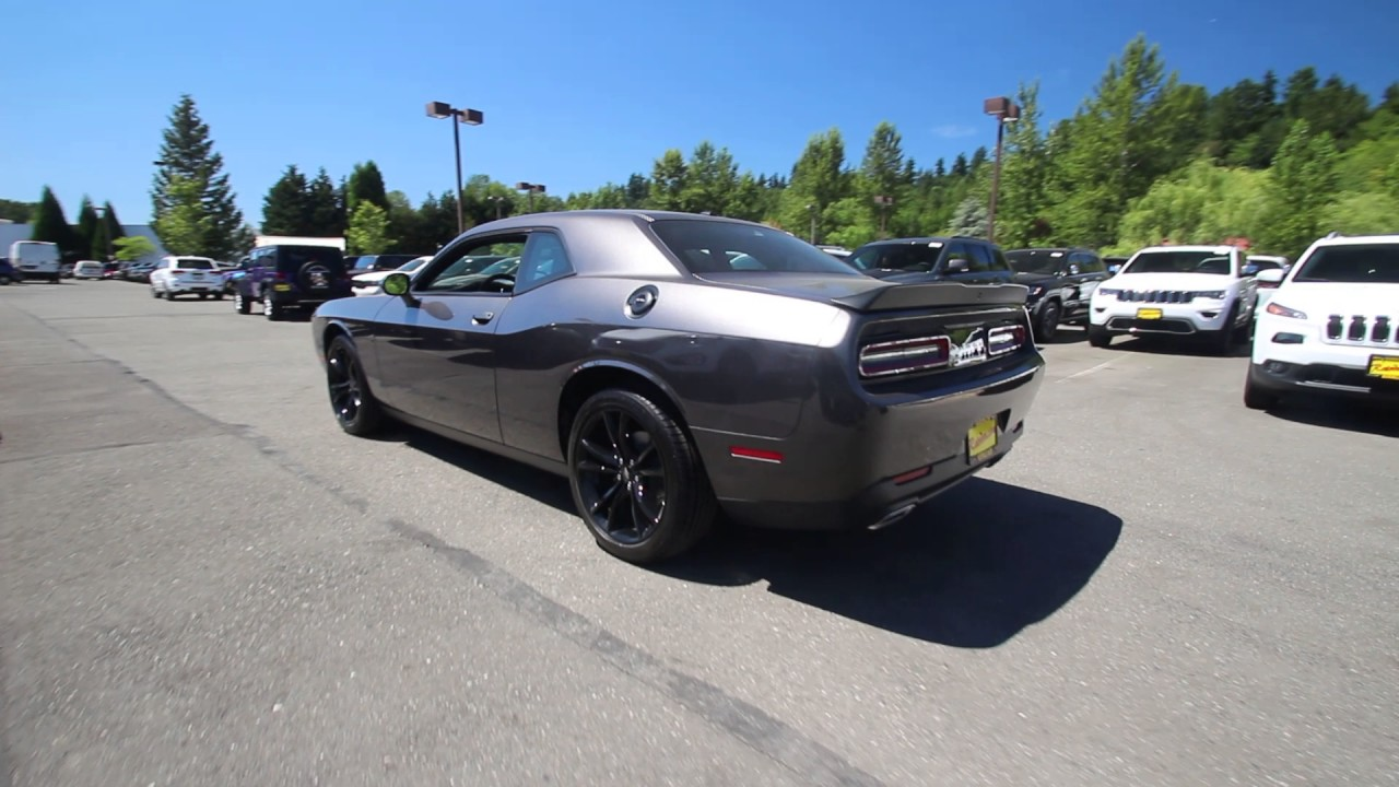 2017 dodge challenger sxt granite crystal metallic. Black Bedroom Furniture Sets. Home Design Ideas