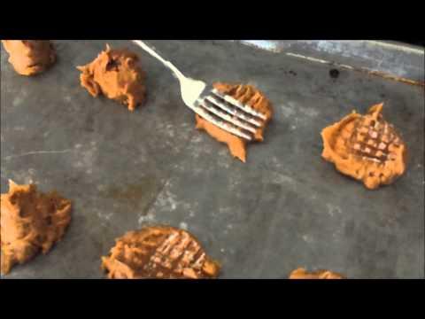 Flourless Peanut Butter Cookies!