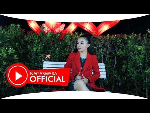 Ika Putri - Tanpa Alasan - Official Music Video - NAGASWARA