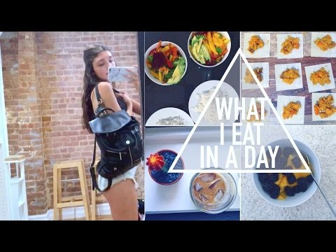 VLOG: MINI APARTMENT TOUR + WHAT I EAT IN A DAY (VEGAN)