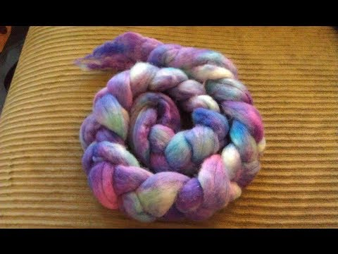 Breaking Wilton\'s Violet Food Coloring on Handpainted Roving - YouTube