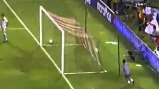 Gol de James Rodríguez / Colombia 1 - 0 Ecuador (06-09-2013)