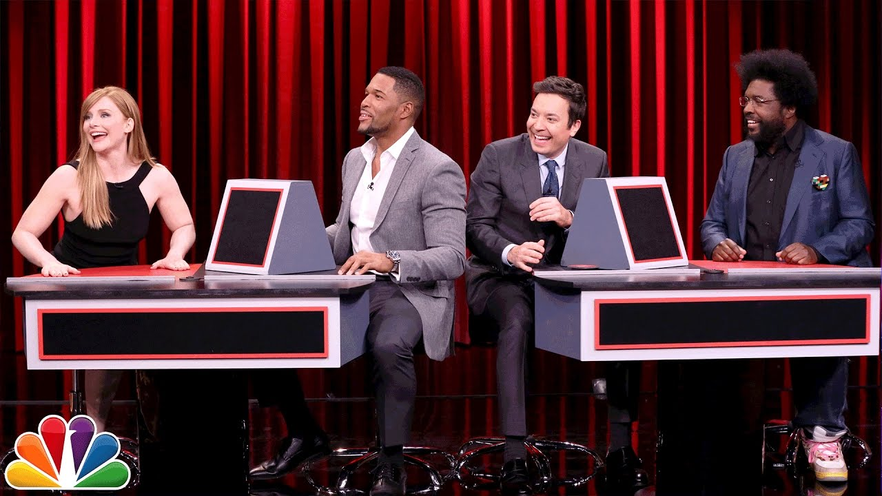 Pyramid with Michael Strahan and Bryce Dallas Howard by : The Tonight Show Starring Jimmy Fallon