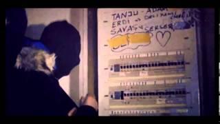 Avanak Kuzenler Kisa Film - Operation Deja Vu Wels