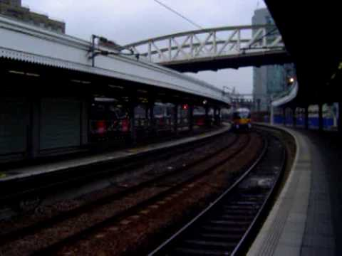 how to get to heathrow by train