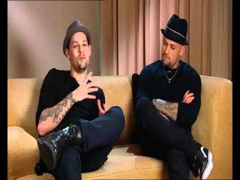 Sky News talks with Good Charlotte.wmv