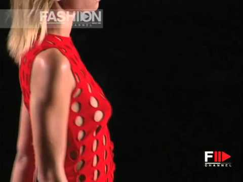 """Versace"" Spring Summer 2002 Milan 1 of 4 pret a porter women by Fashion Channel"