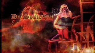 Britney Spears - Do Somethin (Circus Tour Studio Version) HQ