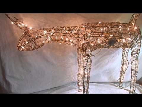 Animated Lighted Reindeer Christmas Decoration  from i.ytimg.com