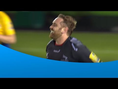Andy Goode hits both posts with conversion