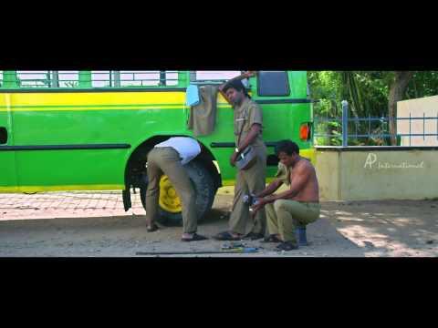 Pattayya Kelappannum Pandiyaa Tamil Movie Scenes HD | Kovai Sarala Punch Dialogue | Vidharth | Soori
