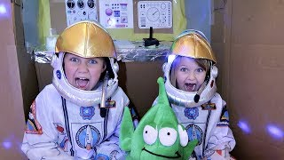 Saving the Planet, Box Fort Adventure! Astronauts Stephen and Payto...