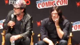 Jeffrey Dean Morgan talks Negan on The Walking Dead panel, NYCC 2016