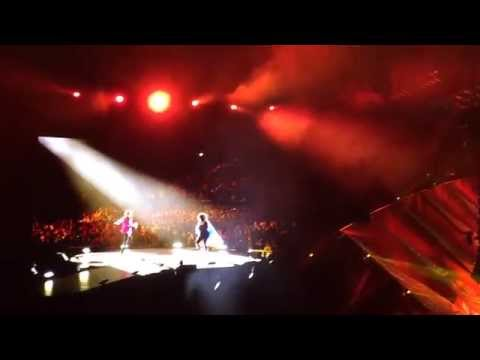The Rolling Stones-Gimme Shelter (Live) @Tokyo 2/26/2014 -Lisa Fischer, 14 On FIRE
