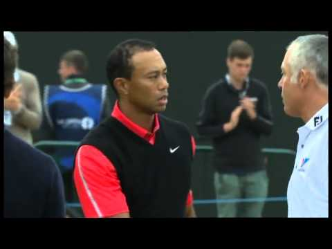 Tiger Woods and Steve Williams shake hands at Muirfield, 2013