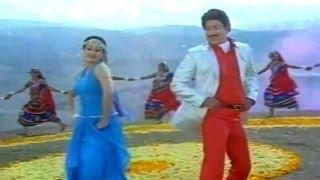Super Star Krishna Songs - Manjuvani Intilo - Khaidi Rudraiah