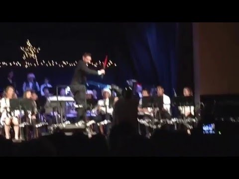 Montauk School gives a nod to Star Wars during the Christmas Concert #starwars #montauk