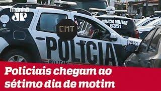 Policiais mantêm motim no Ceará